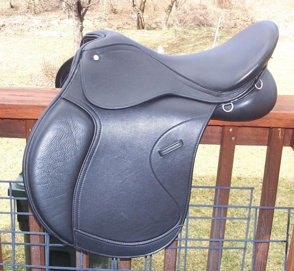 2013 Pegasus calfskin covered endurance saddle side view.jpg