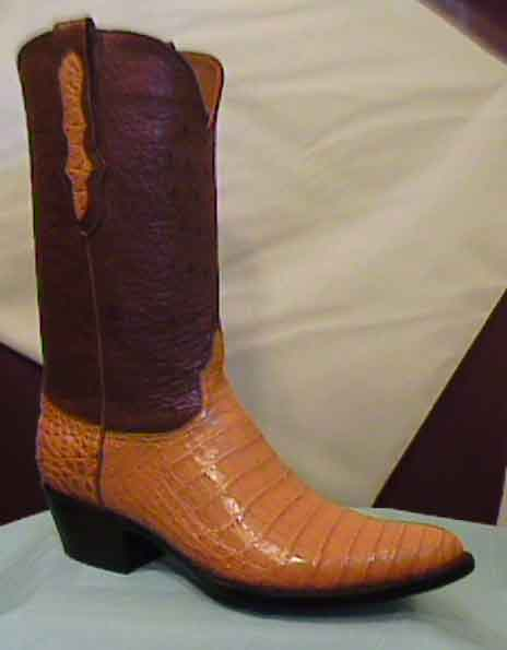 FB-buckles/fbboots2006/SaltWaterCrocodileBelly.jpg