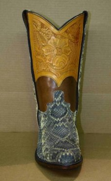 FB-buckles/fbboots2006/ab9537-91tooledrattlesnake.jpeg