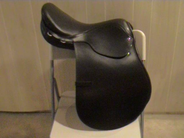 horsemall saddles/quarterhorsesaddle56.JPG